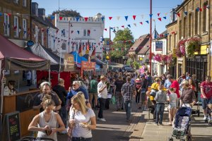 Crowds flock to fantastic Food Festival